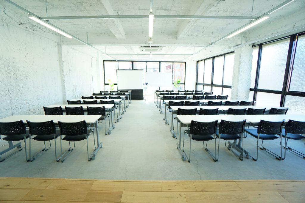 名古屋の大型 レンタルスペース(貸し会議室)